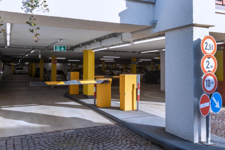 Einfahrt Parkhaus Schramberg